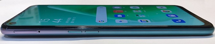 UQモバイル OPPO A54 5G SIMスロット 音量ボタン