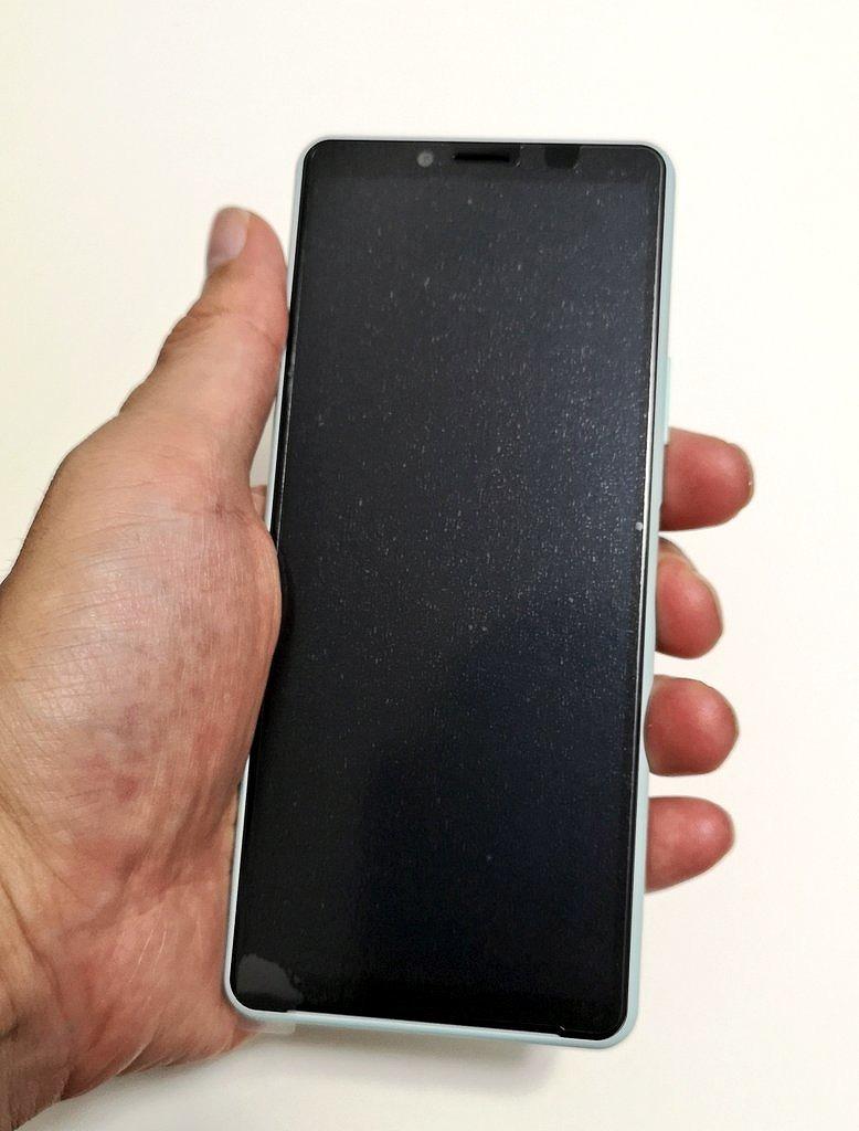 ワイモバイル Xperia 10 II 本体サイズ